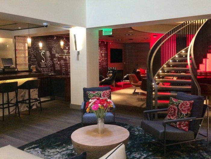 Back lobby Hotel vintage Portland