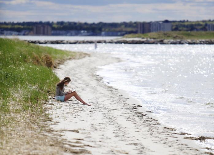 beach reader 8 Portland beach