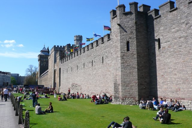 Cardiff Castle Things to do in cardiff united kingdom