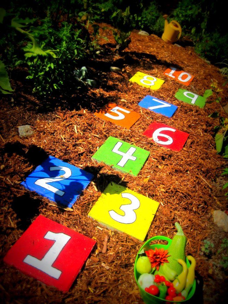 3 Colorful DIY Hopscotch Stepping Stones