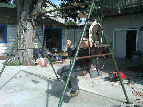 26 DIY Electrical Swing Set Metallic AFrame