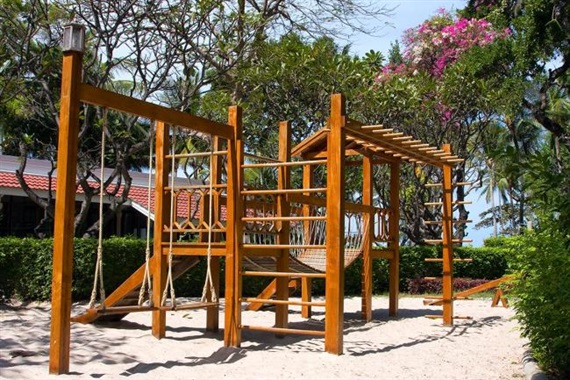 13 Diy Ultimate Swing Set With Wood Structure Truly Hand Picked