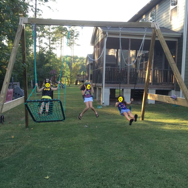 25 Free Standing AFrame Swing Set with Net Seating