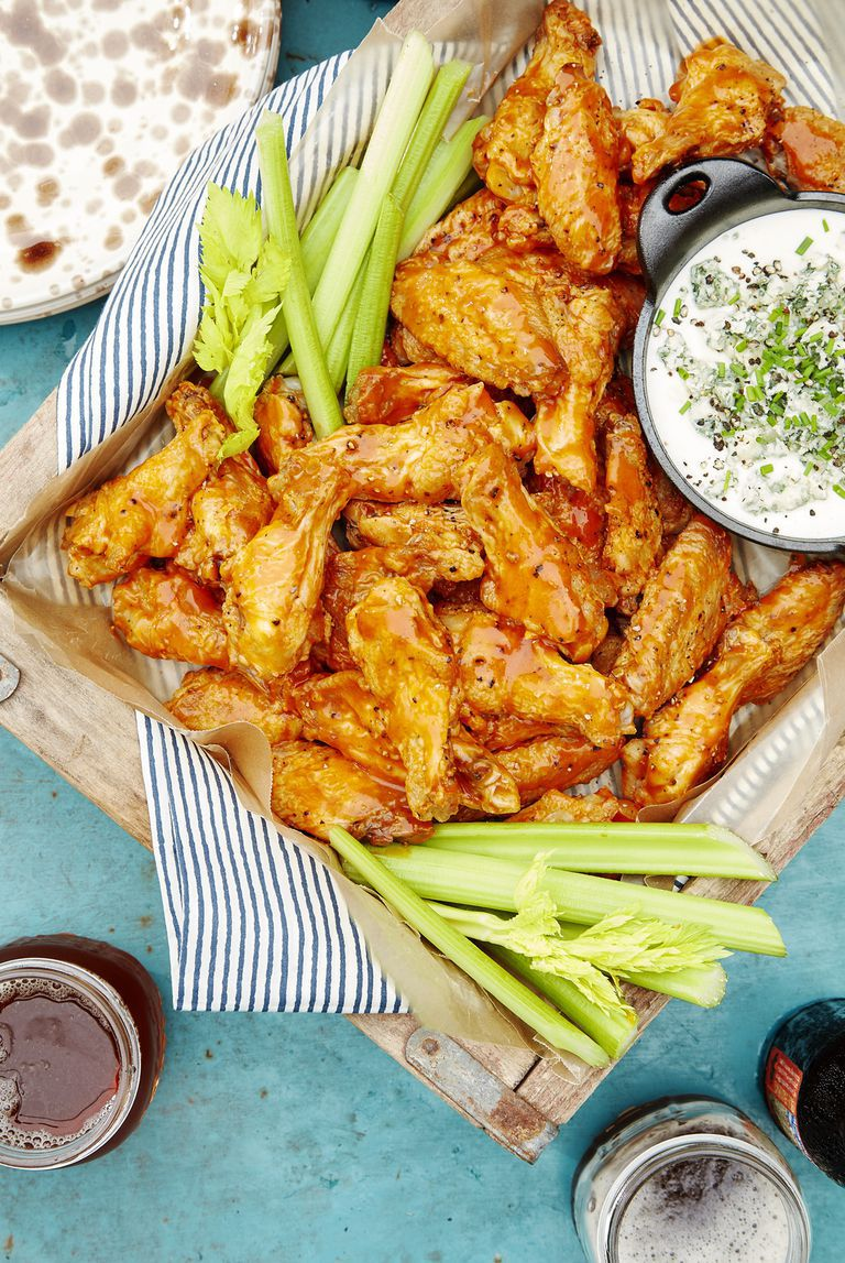 Oven backed Wings with Dip New Year Food Ideas