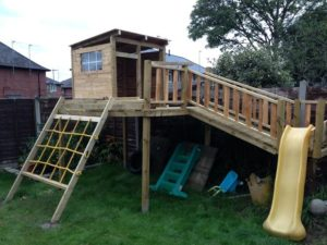 38 Rustic Playhouse Fort from Reclaimed Wood