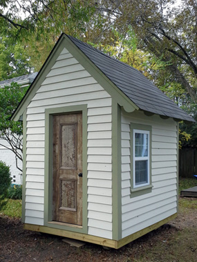 40 Small The Shed Playhouse Design for Restricted Backyard Area