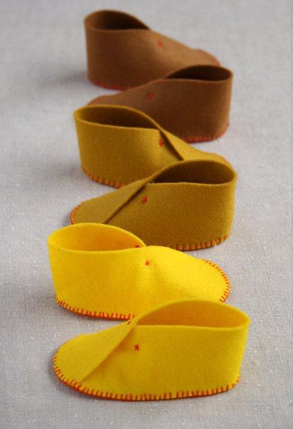 9 Soft Vibrant Felt Baby Shoes