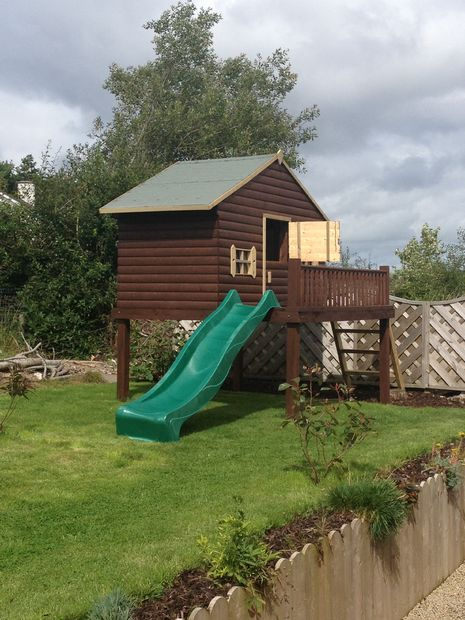 37 Super Classy Playhouse with Sliding Slope