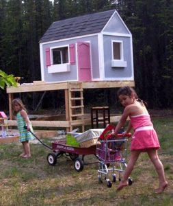 35 WellBuilt DIY High Top Playhouse Design