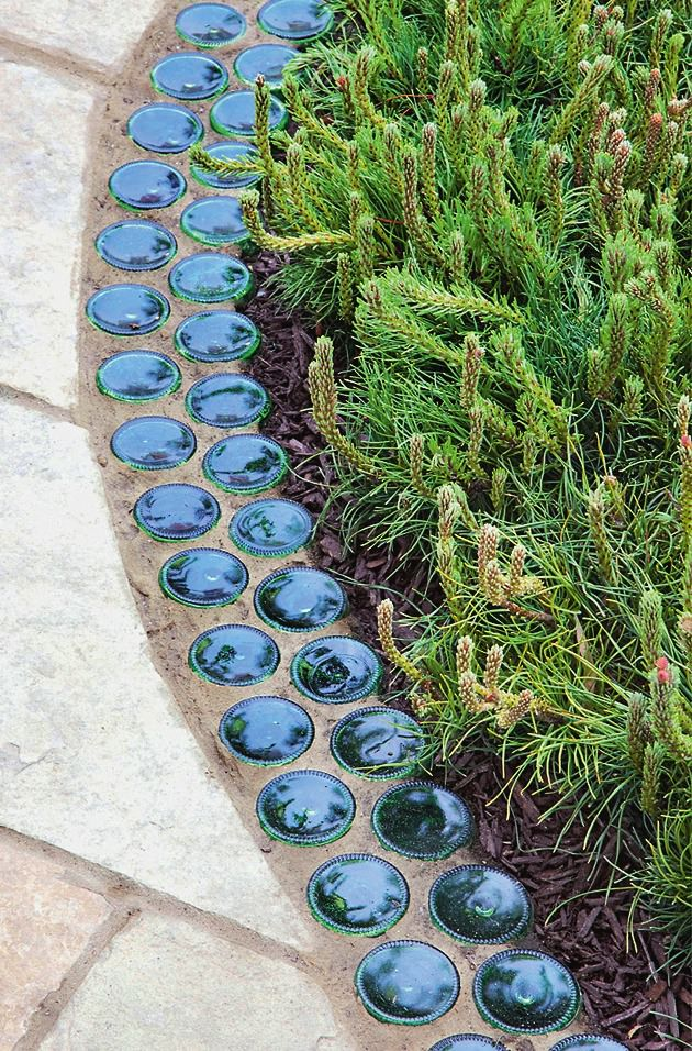 Bury Bottles Upside Down for Garden Edging – DIY Ideas