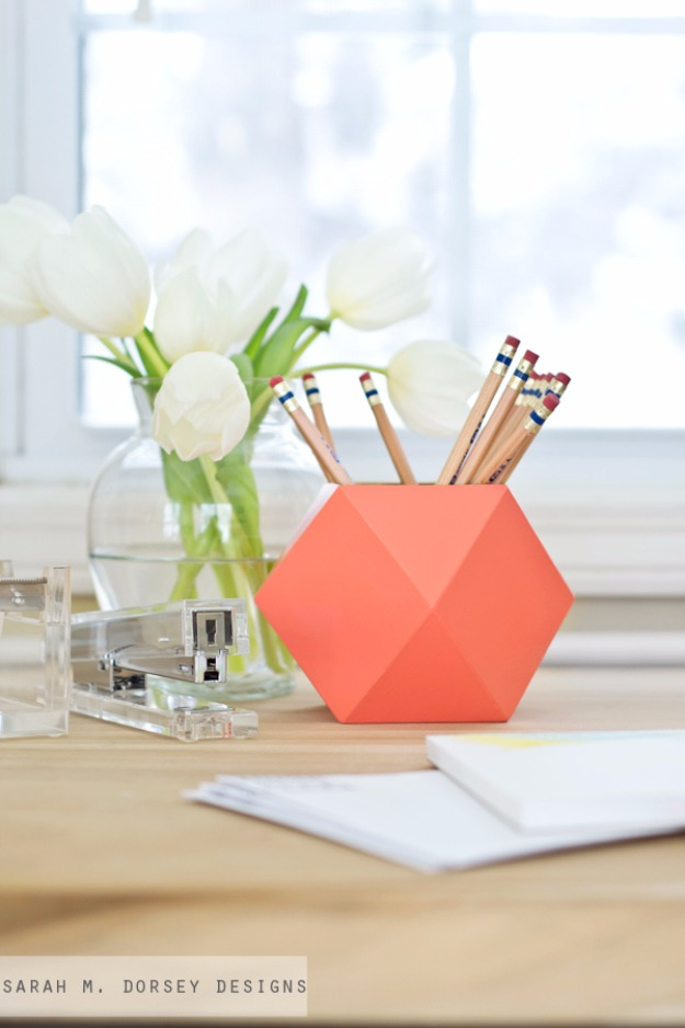 39 DIY Geometric Pencil Cups with Huge Storage Space and in Catchy Vibrant Shade