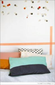 37 Easy to Craft DIY Fabric Pillowcase with Super Trendy Color Block Prints for Beds