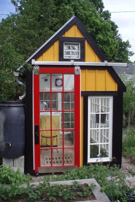 8 Exclusive DIY Greenhouse Tutorial from Reclaimed Doors