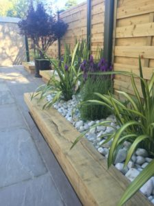 17 Nicely Guarded Lawn Edging Pattern with Wood Framed Border Suits best for Porch Garden Area