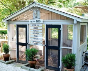 3 Rustic DIY Chicken Coop with Perfect Farm Dcor