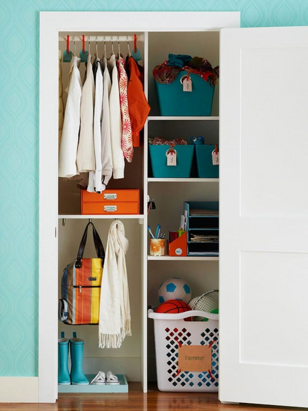 39 Sophisticated Hallway Closet Dilemma with Pretty Sliding Door as the Easiest Organizer