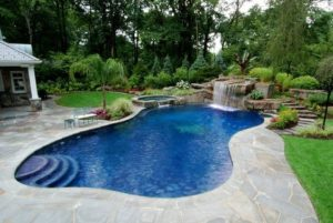 7 Spectacular FreeForm Designing Pond with Stone Enclosing
