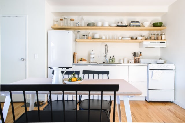 1 Visually Pleasing European Scandi Style Kitchen with Wooden Materials Color Palette Works