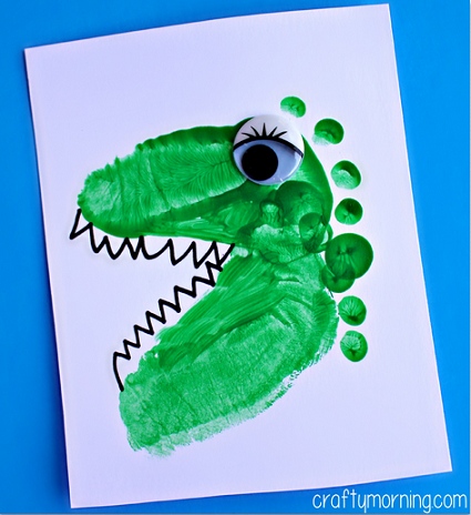 A Cute Process of Making Dino Image from Plain Footprints