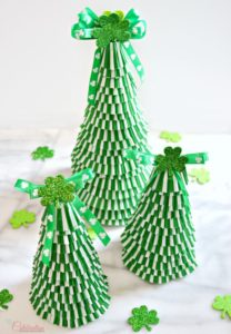 DIY Creative Cupcake Liner Tree with Shamrock Top
