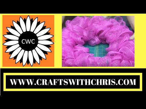 Easy-to-Craft and Classy DIY Deco Mesh Wreath