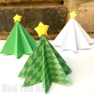 Lovely Origami Christmas Tree: A Back-to-School Project