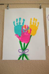 Kid's Easter Art: Hand Print Bouquet Idea