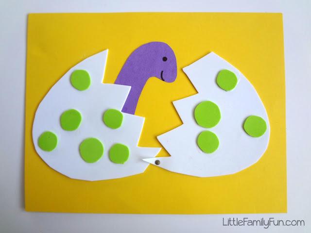 Pretty Dinosaur Craft for Kids: Hatching Dino Egg with Felt