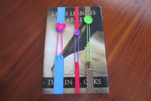 DIY Button Bookmarks with Nice Ribbon Coordination