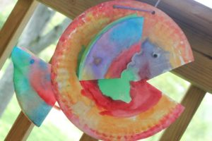 DIY Coffee Filter Craft Rainbow Fish with Paper Plate Background