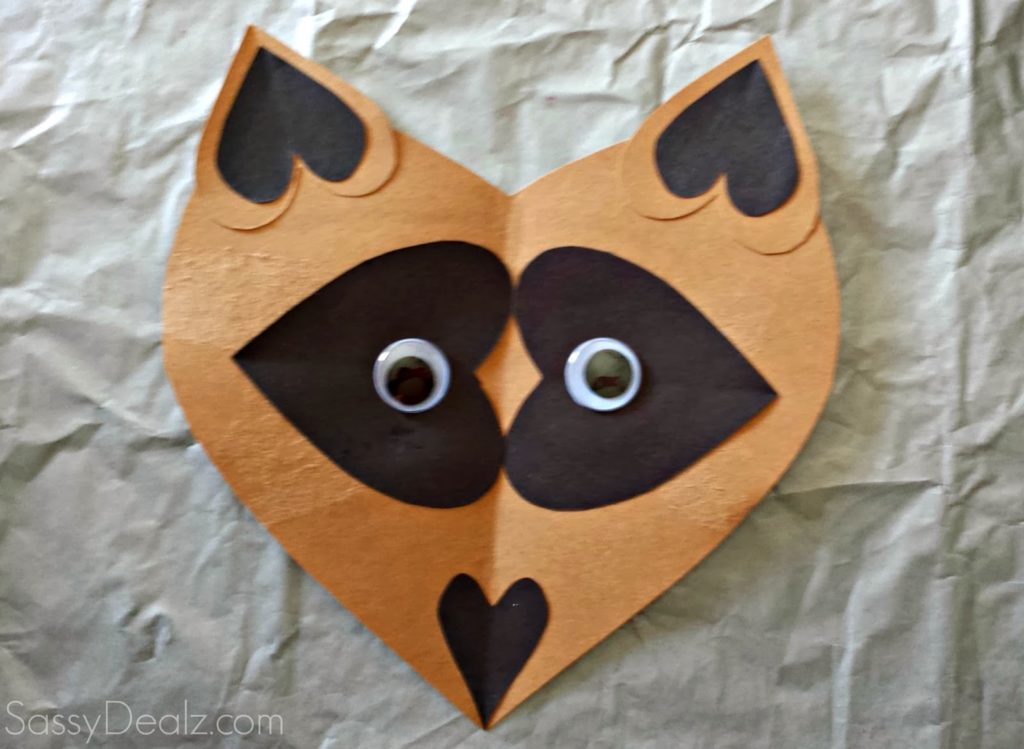 Super Easy Raccoon Face from Paper Hearts
