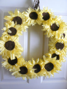 DIY Ideal Fall Decor- Coffee Filter Sunflower Wreath