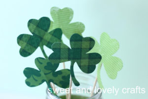 Easy and Affordable DIY Centerpiece Shamrock Bouquet