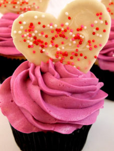Valentine's Day Cupcakes – Very Tempting Romantic Food Ideas