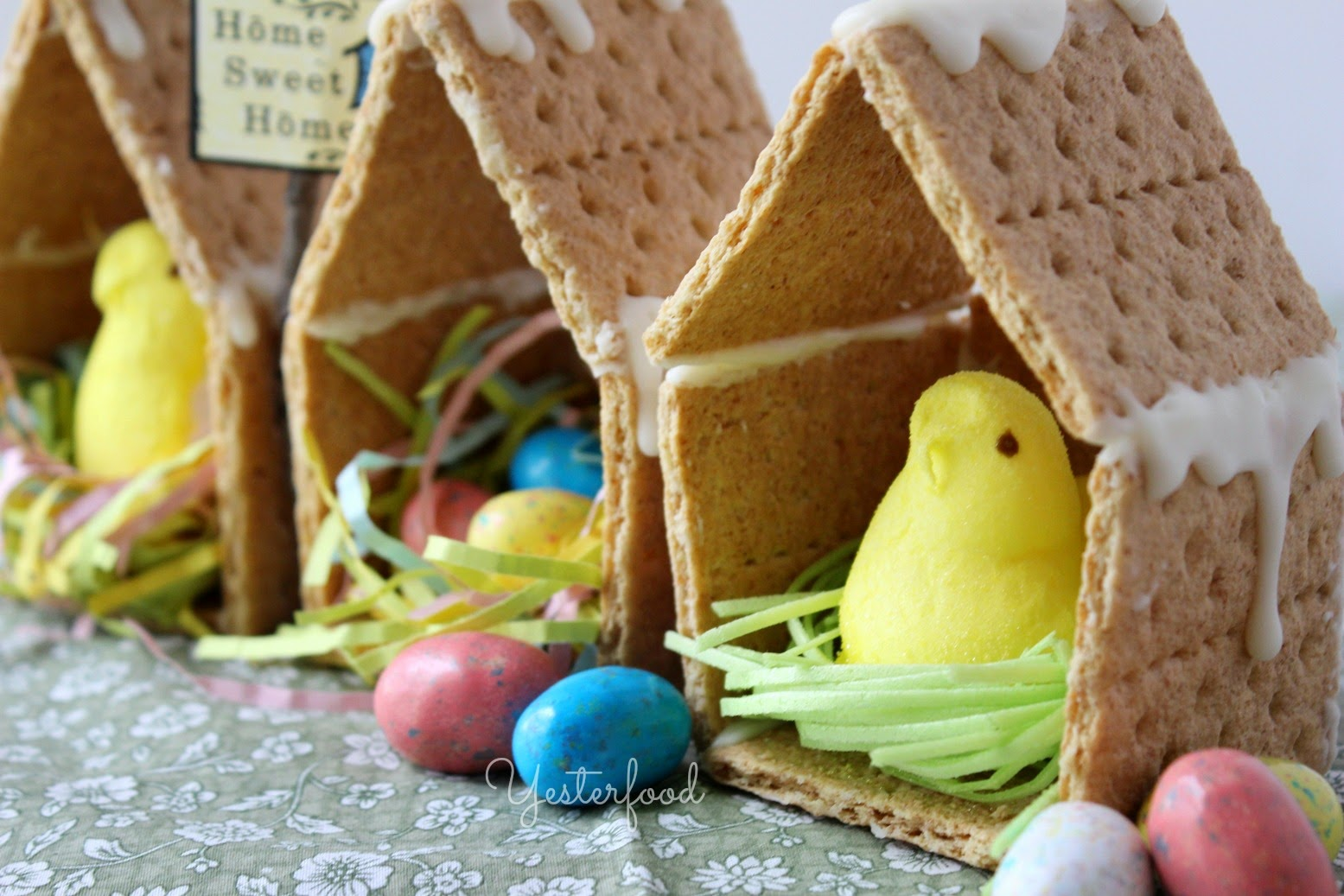 Diy Crunchy And Edible Peeps House Craft Truly Hand Picked