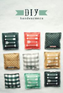 DIY Handwarmer: Cozy and Pretty Pocket-Fit Hand Warmer Project