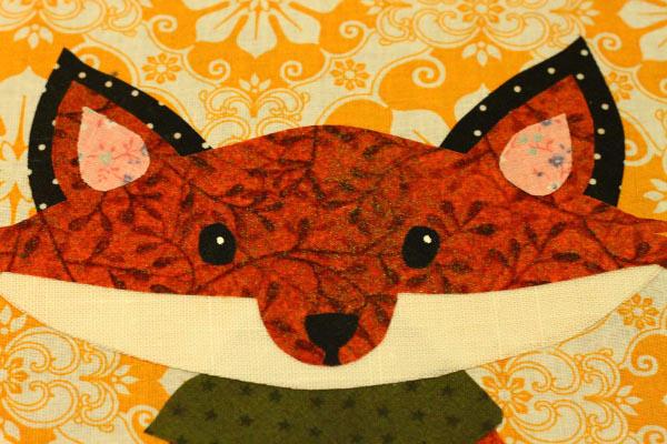Autumn Appliqué Artwork: Whimsical Applique Work in ANimal Shape