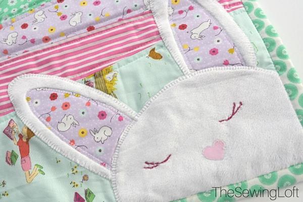 Bunny Applique Table Runner: A Wonderful DIY Spring Craft Idea in Felt Applique Pattern