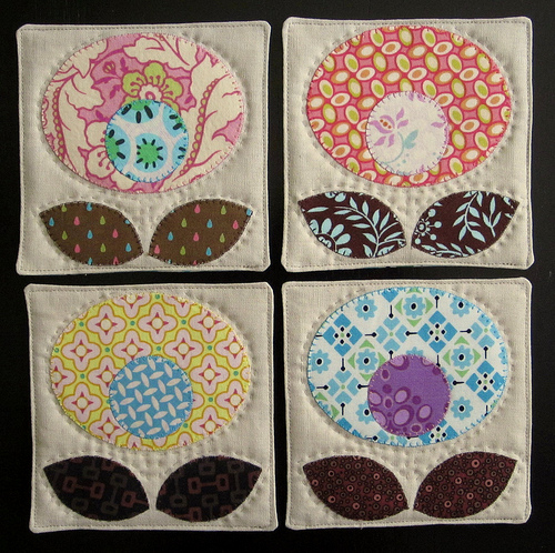 Cotton Pop Flower Coaster Tutorial with Contrasting Fabric Scrap Applique