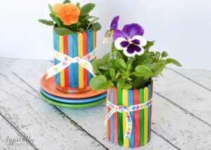 Craft Stick Flower Pot Over Tin Can Surface: DIY Mother's Day Craft Idea