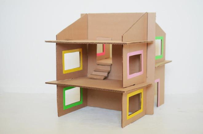 2-Floor Cardboard Dollhouse: A DIY Cardboard Project for Girls