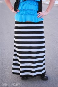 Easy Maxi Skirt Tutorial in Free Pattern with Stretchy Knit Fabric in Trendy Black & White  ...