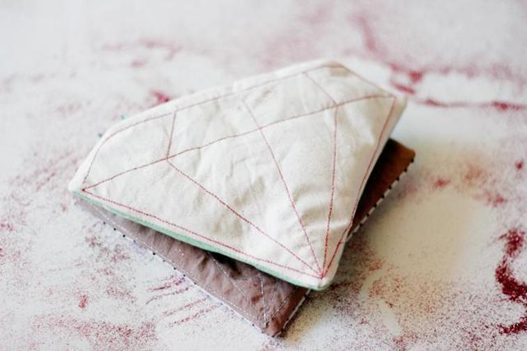 FREE Gem Zipper Pouch: Diamond Shape DIY Pouch in Free Sew Pattern