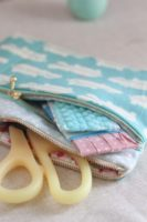 Unique DIY Double Zip Fabric Pouch in Free Sewing Pattern