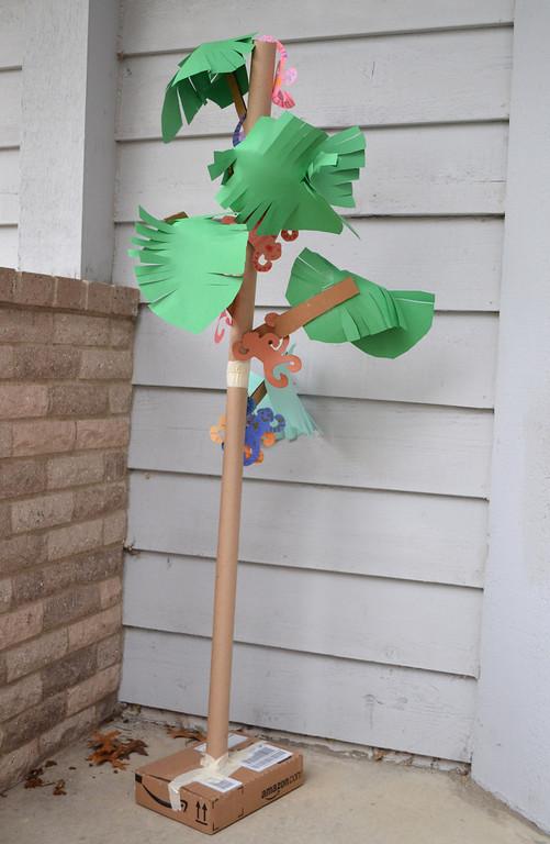 A Treeful of Monkeys: Wonderful DIY Cardboard Craft Idea for Creative Kids