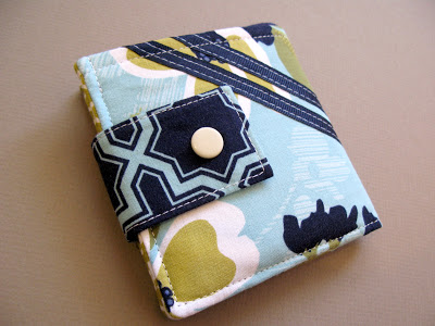 Bi-fold Wallet Made of Cotton Quilt and Fabric Scrap with a Button Closer