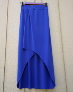 Utterly Trendy High Low Maxi Skirt Tutorial: A Brilliant DIY Skirt Project with Little Pleats