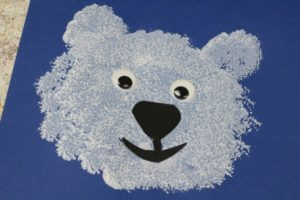 Pom-Pom Print Polar Bear Face: DIY Preschooler Craft Idea
