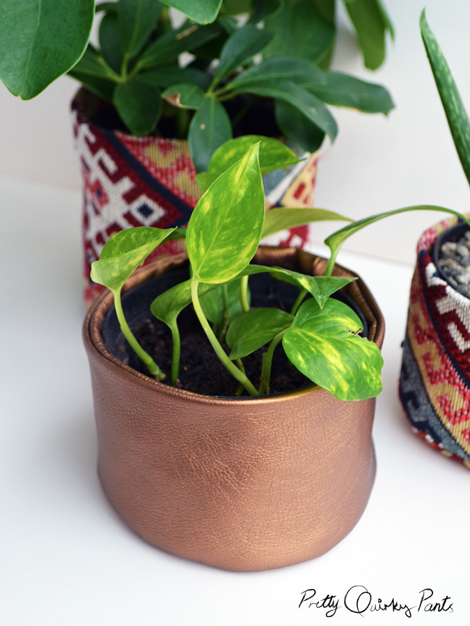 DIY Fabric Pots: All-Sew Planter Project with Exterior and Interior Fabric Works