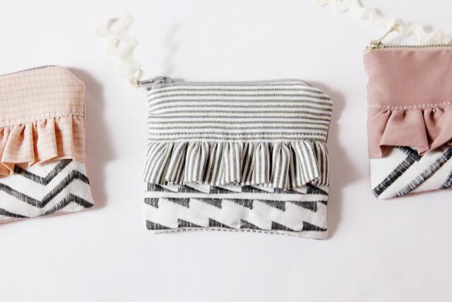 Trendy Ruffle Zipper Pouch with Nice Geometric Stitching